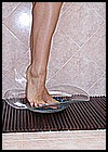 nyllady-barefoot-06.jpg